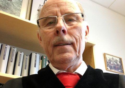 LIVET ETTER 70: Bernhard Halvorsen måtte gå av som dommer, men starter opp som advokat.