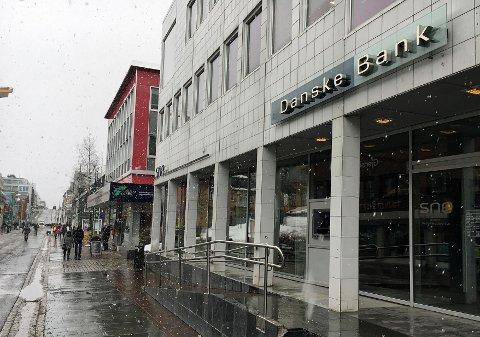 KUTTER: Det blir igjen fem eller seks ansatte på kontoret i Tromsø etter nedskjæringen. Filialen på Finnsnes legges ned, opplyser Danske Bank.