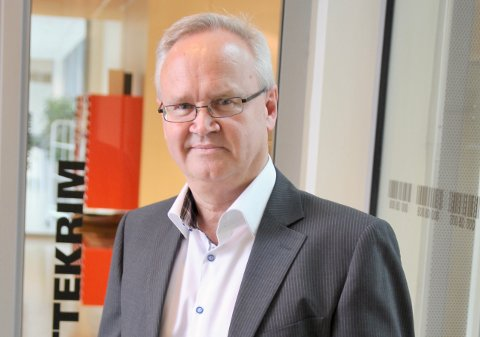 ADVARER: Skattekrimsjef Jan-Egil Kristiansen kaller situasjonen et samfunnsproblem, og ødeleggende for lokale og ærlige næringsdrivende.