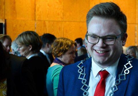 BRUKER PENGER: Fylkesordfører Even Aleksander Hagen (Ap) gjør det klart at Innlandet fylkeskommune er innstilt på å bruke penger for å hjelpe næringslivet, kulturen og idretten i fylket i en vanskelig tid.