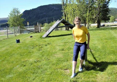 I LUDVIGS HAGE: Huset Aukrust har anlagt Ludvigs hage, hvor kunstnerisk leder Ellen Engh etablerer flere små oaser rundt Huset Aukrust. I Oktober er Ellen klar for ny jobb.