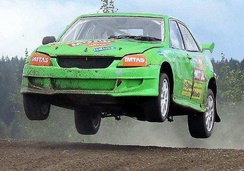 SATSER: Stefan Åeng er snart i gang med en sesong der han skal kjøre alle rundene i SM i rallycross. Foto: Privat