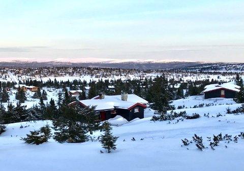 Vil bygge: Mange er ivrige etter å bygge seg hytte på Sjusjøen, men byggestopp skaper frustrasjoner. I områdene ved Storåsen ble det solgt flere fortettingstomter for noen år tilbake. Ikke alle har fått starte opp med bygging.