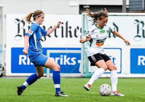SCORET TRØSTEMÅL: Ingrid Nordbø scoret HBKs eneste mål, da det ble 1-9 tap i en treningskamp mot polske Medyka Konin. Her fra en tidligere kamp mot Kolbotn 2.