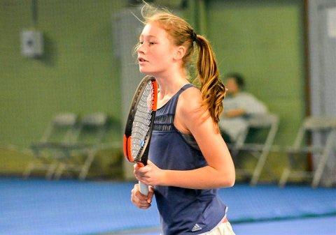 TALENT: Hønefoss Tennisklubb har et lovende talent i Amalie K. Lafton.