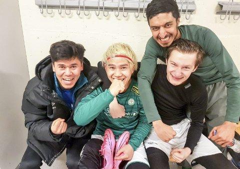STORSEIER: Najibollah Amini, Thomas Myrrh, Armin Konic og Ilham Jillani (bak) var fornøyde etter 10-0-seieren.