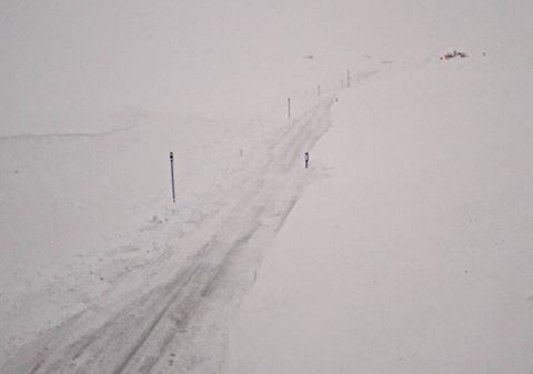 GRÅTT: Slik var det på Vikafjellet ved Vossadalen tidleg tysdag morgon.