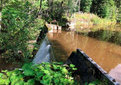 I forbindelse med rehabilitering av dammen og etablering av damhus med tilhørende ledningsanlegg i Prestelva vannverk i Stangvik, blir det behov for transport av anleggsmaskiner og betong opp til dammen. Her vil eksisterende skogsbilveg på nordsiden av Prestelva i hovedsak bli benyttet, men det kan også bli nødvendig å benytte skogsbilvegen på sørsiden av Prestelva.