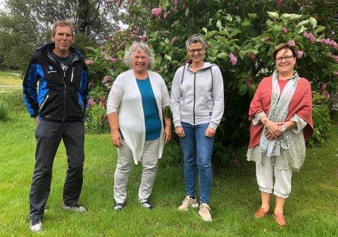 PROSJEKT: Kommune og frivillighet skal sammen hjelpe enslige hjemmeboende ut i aktivitet flere ganger de neste månedene. Atle Hammer (ergoterapeut, til venstre), Juanita Møkkelgård (Frivilligsentralen og Villa Viungen), Trine Kristiansen Glåmen (fysioterapeut) og Siri Sæterbø (seksjonsleder Heim kommune) har allerede mange av arrangementene klare.