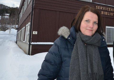 Bruflat: Ordførar Linda Mæhlum Robøle etterlyser eit betre rutetilbod til Bruflat. Med omkøyring på grunn av vegarbeid på Tonsåsen, har rutetilbodet til kommunesenteret vore spesielt godt den siste tida.