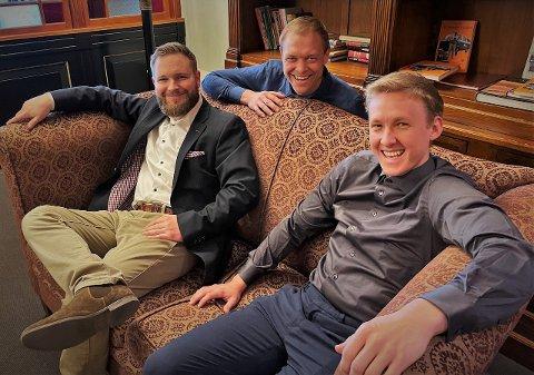 Stemning i studio: Harald Hyseth Østlund, Sondre Aastveit og Øyvind Lunde Christiansen puster ut før 3. sesong av Mellepodden slippes.