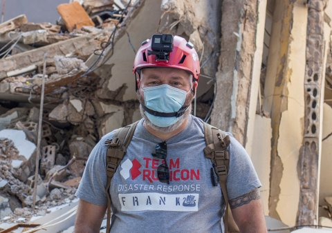 KORONASMITTET: Frank Oddbjørn Sandbye-Ruud, som er bosatt i Risør, er for tiden på hotell i Beirut etter å ha testet positivt for koronaviruset.