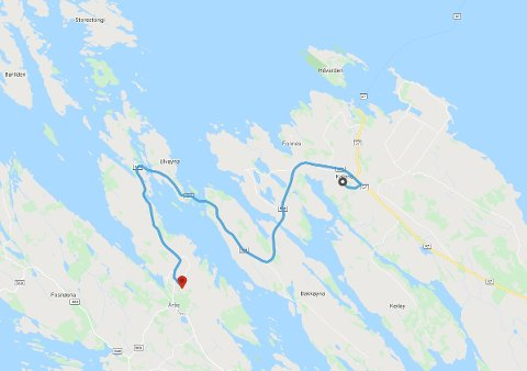 Det er 8. klassingar ved Kaland skule i Austrheim som risikerer flytting til Årås skule, knappe 11 kilometer unna. SKjermdump: reiseplanlegger.naf.no