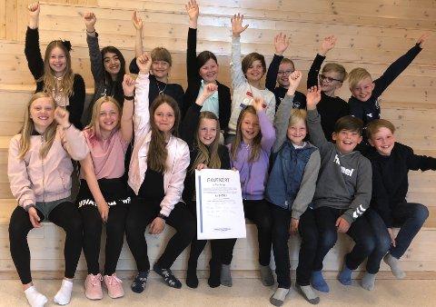 Ønsker å bidra: Ni- og tiåringene på Erikstad skole på Fauske, ønsker å gjøre en forskjell for noen. Når de skulle finne noe å bruke overskuddet sitt på, så måtte pengene gå til et veldedigformål.