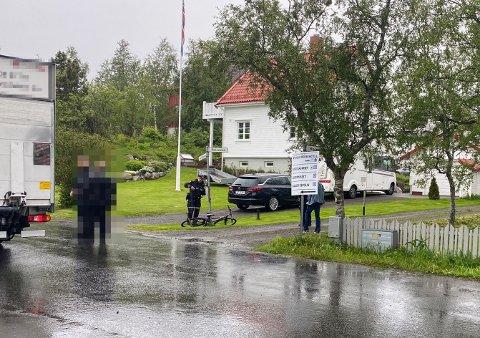 Uhellet skjedde i et krysset mellom Villaveien og Korsveien i 30-sona i Kabelvåg.
