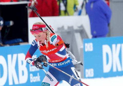 Tiril Eckhoff vant VM-sprinten i Holmenkollen lørdag.