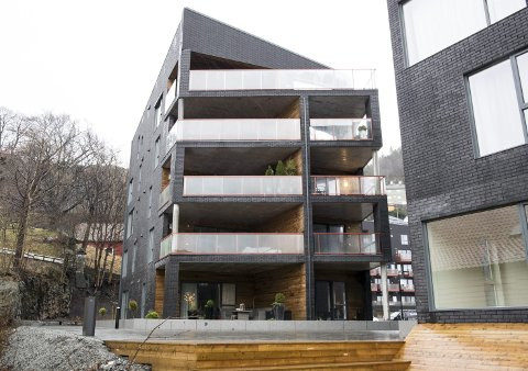 LUKSUS: Denne toppleiligheten ble solgt for 17. 750.000 kroner i høst, men det er likevel ikke den dyreste leiligheten i Bergen, får BA opplyst. FOTO: SKJALG EKELAND