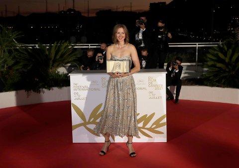 STAS: Renate Reinsve mottok prisen for beste kvinnelige skuespiller under filmfestivalen i Cannes. Det synes både nåværende og tidligere ordfører er stas.