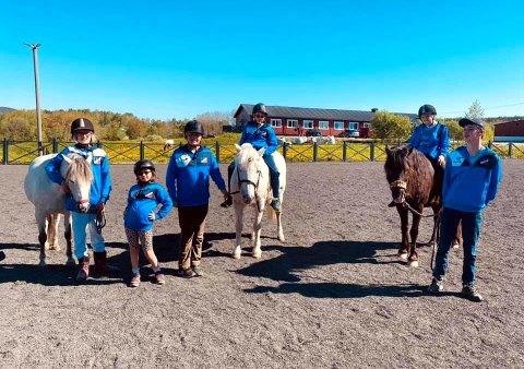 Driv IL Aktivitetsgruppe dro på helgeovernattingstur til Blixland Hestesenter i Hobøl.