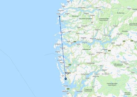 OMVEG: I staden for å fly mannskapet knappe 16 kilometer med helikopter frå Florø til Scarabeo 8 i Frøysjøen, flyr Shell Norge sitt helikopter frå Flesland, 158 kilometer unna.