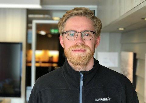 NY I BYEN: Vebjørn Borge har akkurat starta i ny jobb i Stim og flytta til Florø. No jaktar han på eit fotballag han kan trene med.
