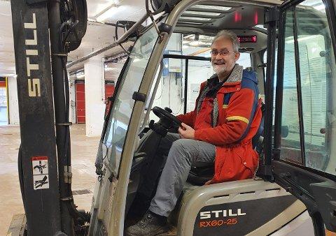 FISKEFAGARBEIDAREN: Tysdag hadde Geir Oldeide sin siste dag på Domstein, 44 år etter at han tok seg jobb i verksemda første gongen.