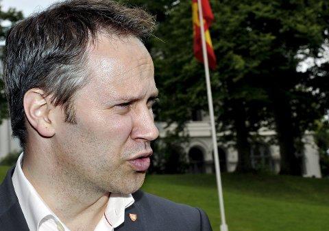 MOTSTAND: Ordfører Jon-Ivar Nygård forteller at kommunen vil legge til rette for motdemonstrasjoner når nazister i juli skal demonstrere i Fredrikstad. (Arkivfoto)