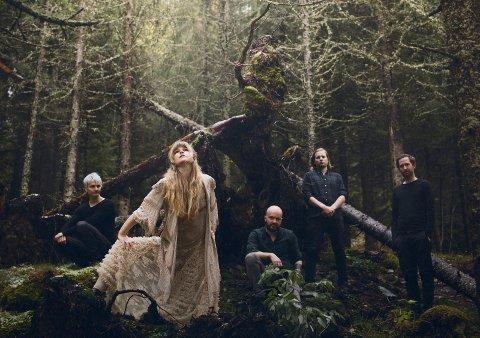 16 år etter: Gåte kommer tilbake til Månefestivalen med nytt band og fersk plate.