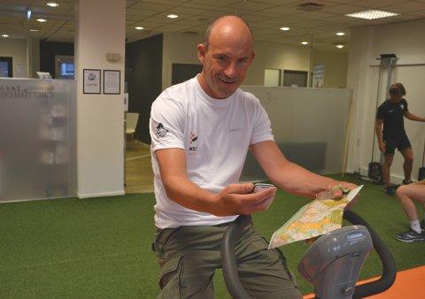 Svein Kristiansen trives best med pedaler og sykkelcomputer. Nå skal han prøve seg med kart og kompass under VM-uka.