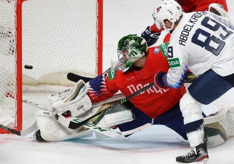 Henrik Haukeland har voktet målet for Norge under hockey-VM. Han avsluttet på beste vis da Norge vant 3-1.