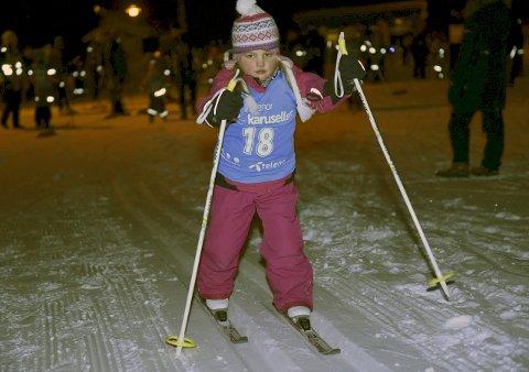 ENDELIG: Sara Røren Bommen i aksjon under åpningspoengrennet på Skoppum i januar 2016. Nå er det klart for årets første renn.
