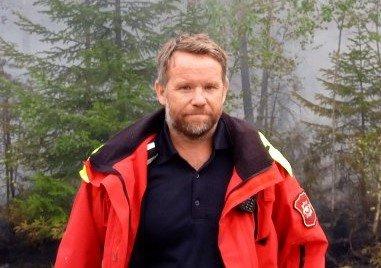 - VÆR FORSIKTIG: Per Harald Bekken i Glåmdal brannvesen IKS ber folk være forsiktige med raketter nyttårsaften.