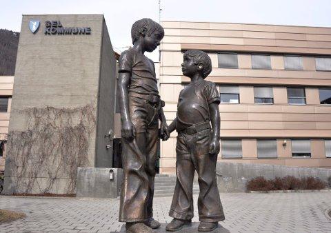 Per 23. februar er det ikke registrert smittede i Sel kommune, og ingen er satt i karantene.(Illustrasjonsfoto fra Sel rådhus)