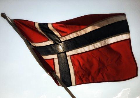 NORSK PÅ NORSK: - Er bokmålselever dummere enn nynorskelever? Det er nemlig slik at folk som har nynorsk som hovedmål ikke har noen problemer med bokmål som sitt sidemål, skriver Ingunn Kvervold Myhre.