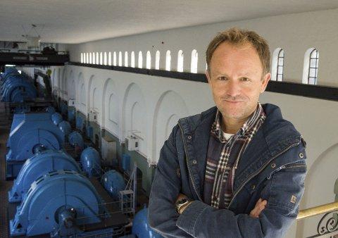 Glede: NVIM-direktør Knut Markhus er glad for at museet nå får et løft på 3 millioner kroner. Terje Breivik (V) innfelt.Arkivfoto