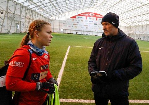 PERMITTERES: Avaldsnes-spiller Olaug Tvedten og trener Thomas Dahle.