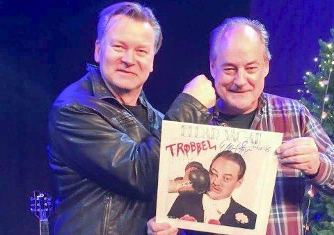 KLAR FOR TYST: RåTystock og Odd Arne Hansen (t.v.) har booket Eldar Vågan til RåTystock lørdag 27. februar. Foto: Trine Falla