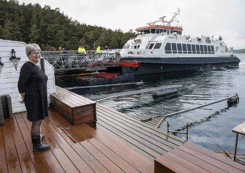 Med snøggbåten som nabo: Heilt topp det, meiner Margunn Kristensen.