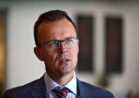 FORNØYD: Ronny Lie, kommunikasjonsdirektør i Kongsberg Gruppen.