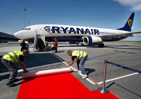 BLIR DET REPRISE? For ti år siden rullet Moss lufthavn Rygge ut den røde løperen for Ryanair. Moss Avis' spørreundersøkelsen viser at folket ønsker flyplassen gjenåpnet - og Ryanair tilbake.
