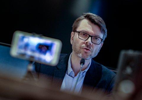 TEMAET: Tirsdag er det klart for årets første pressekonferanse i Moss, hvor kommuneoverlege Kristian Krogshus og ordføreren skal snakke om situasjonen.