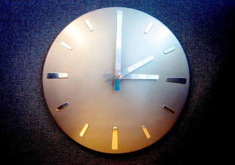 Natt til søndag skal klokka stilles en time fram. Alltid mot sommeren. Foto: Hallvard Østrem / NPK