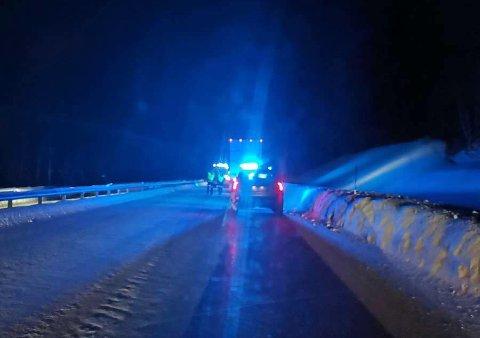 Søndag kveld var det trafikkulykke i Lavangsdalen. Foto: Nordlys-tipser