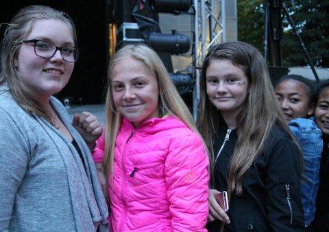 Gledet seg: Mina Marie Lynne Borck (15), Tuva Aspelien Kevengen (13), Lisa Ihle Aspelund (12), Areeya Kittimai (12) og Parichad Kittimai (12) gleder seg veldig til å se The Main Level