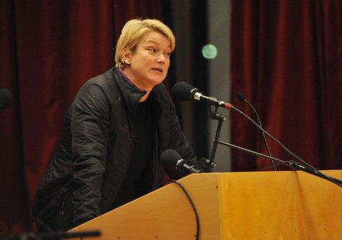 DRIFTSSJEF: Bodil Evenstad sier Vestre Toten må bruke et eksternt firma for å påta seg ansvaret når kommunen selv skal utføre vann- og avløpsarbeider.