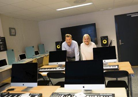 Satser: Kulturskolerektor Endre Lindstøl og kulturkontorets Camilla Svendsen har skapt kulturlab både på Sliperiet og på Fabrikken i Kongegata.foto: per Albrigtsen