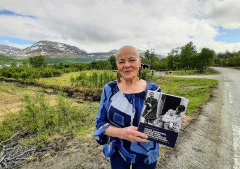 BOKAKTUELL: Bente Imerslund fra Løten har gitt ut boka «Kvener, skogfinner, tornedalinger, karelere, vepsere og ingermanlandsfinner».