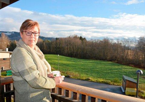 PÅ RETT VEG: Bente (59) fra Ringsaker har kuttet alkohol og er tilbake i jobb etter et år med nærbehandling i Ringsaker.