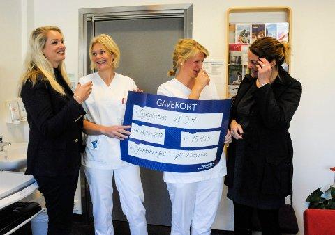 RØRENDE MØTE: Astrid Kihle Jordan, Hjørdis Saastad, Hege Andersen Hæhre og Ingeborg Marie Kihle felte noen tårer da de igjen møttes på kreftavdelingen ved Ringerike sykehus.