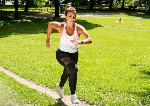 HARD TRENING: Inaktivitet er et større problem for folkehelsa enn å trene for hardt, sier hjertespesialistene. Føler du deg frisk og rask på trening, er det ingenting i veien for at du kan trene så hyppig og intensivt som du selv ønsker. Foto: NTB Scanpix